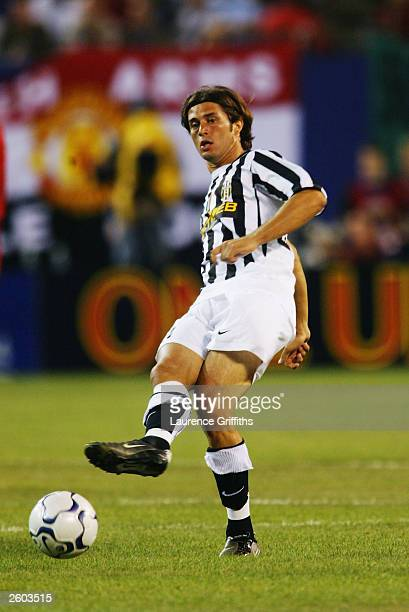 Alessio Tacchinardi of Juventus in action during the Champions World Series game between Manchester United and Juventus on July 31 at the Giants...