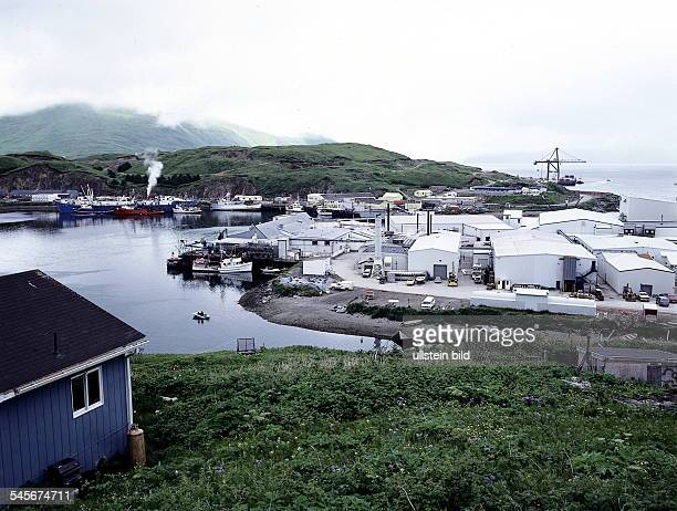 Unalaska Dutch Harbour Fischerhafen und örtlichefischverarbeitende Industrie