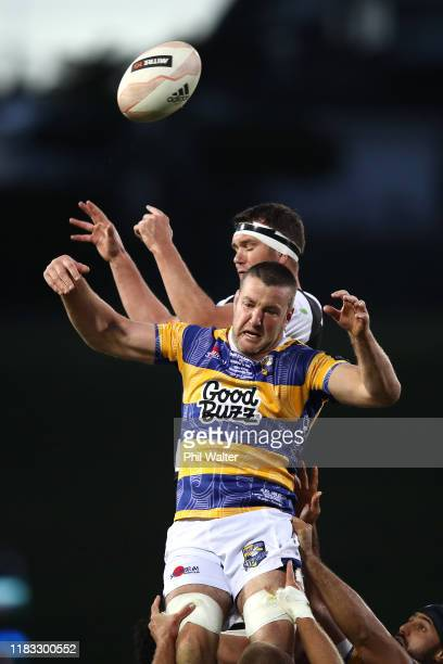 Alex Ainley of Bay of Plenty clears the ball in the lineout during the Mitre 10 Cup Championship Final between Bay of Plenty and Hawke's Bay at...