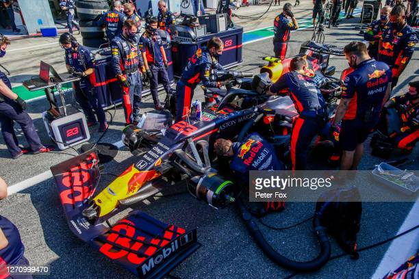 Alex Albon of Red Bull Racing and Thailand during the F1 Grand Prix of Italy at Autodromo di Monza on September 06, 2020 in Monza, Italy.