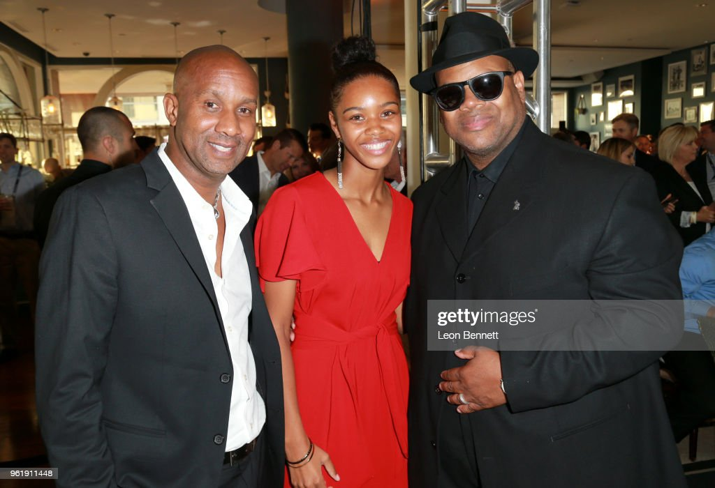 """B. Riley FBR, inc. Presents The 9th Annual """"Big Fighters, Big Cause"""" Charity Boxing Night Benefiting The Sugar Ray Leonard Foundation : News Photo"""