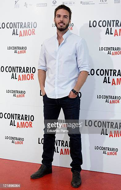 Alex Barahona attends Lo contrario del amor photocall at Sony office on August 23 2011 in Madrid Spain