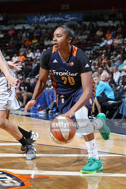 Alex Bentley of the Connecticut Sun handles the ball against the San Antonio Stars on August 30 2016 at the Mohegan Sun Arena in Uncasville...