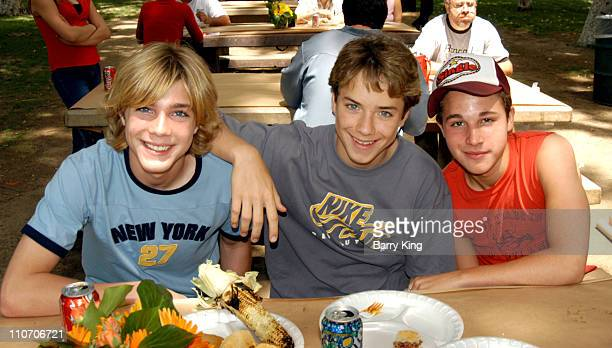 Alex Black Jeremy Sumpter and Shawn Pyfrom during Accenture 4th Annual Walk For Kids to Benefit the Los Angeles Ronald McDonald House at Griffith...