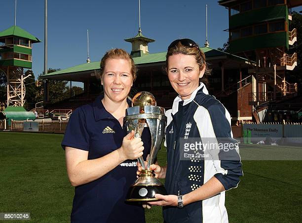 Alex Blackwell of Australia and Charlotte Edwards of England hold the ICC Women's World Cup trophy at the North Sydney Oval on February 24 2009 in...