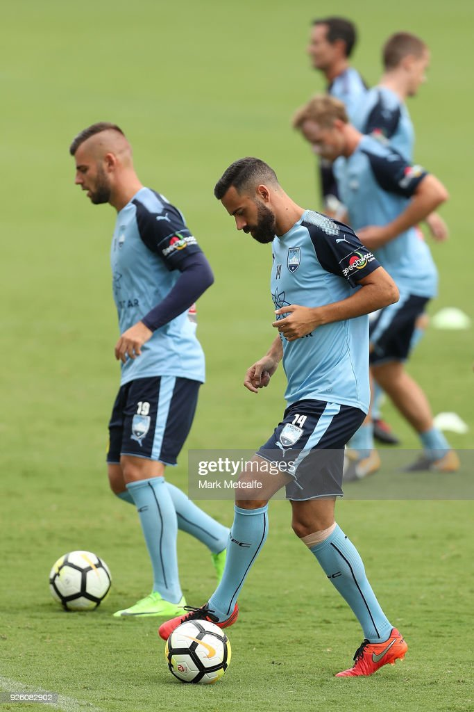 Alex Brosque controls the ball during a Sydney FC A-League training session at Macquarie Uni on March 2, 2018 in Sydney, Australia.
