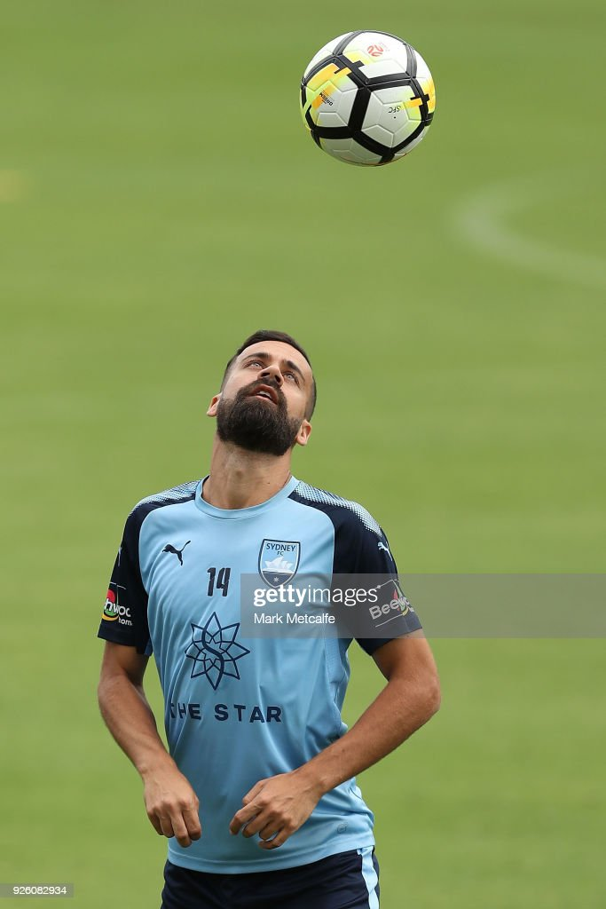 Alex Brosque heads the ball during a Sydney FC A-League training session at Macquarie Uni on March 2, 2018 in Sydney, Australia.