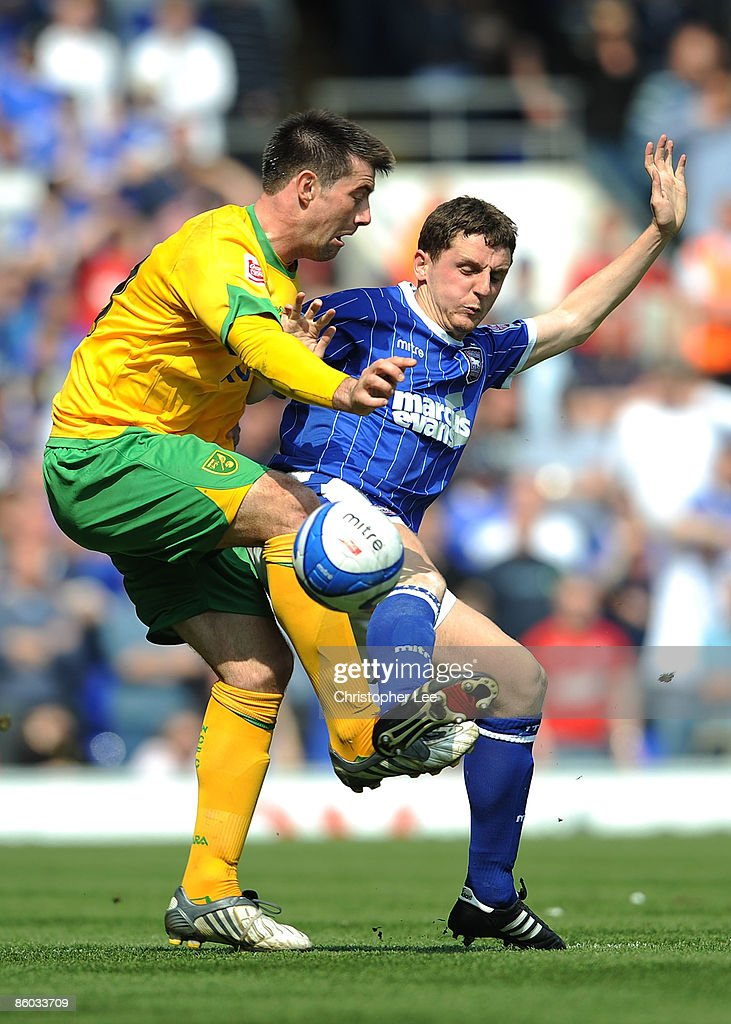 Ipswich Town v Norwich City