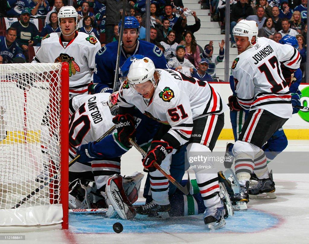 Chicago Blackhawks v Vancouver Canucks - Game One