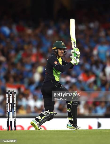 Alex Carey of Australia bats during the International Twenty20 match between Australia and India at Sydney Cricket Ground on November 25 2018 in...