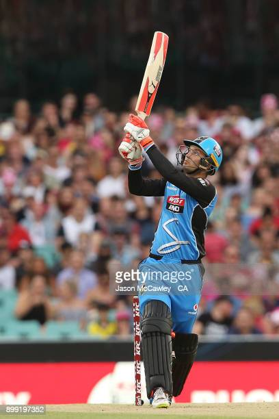 Alex Carey of the Strikers bats during the Big Bash League match between the Sydney Sixers and the Adelaide Strikers at Sydney Cricket Ground on...