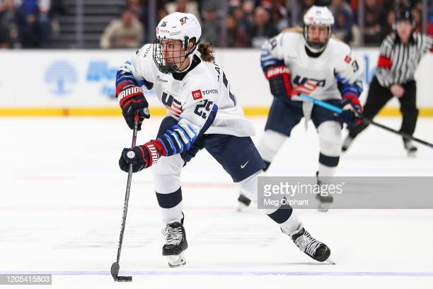 Alex Carpenter of the U.S. Women's Hockey Team handles the puck in the game against the Canadian Women's National Team at Honda Center on February...