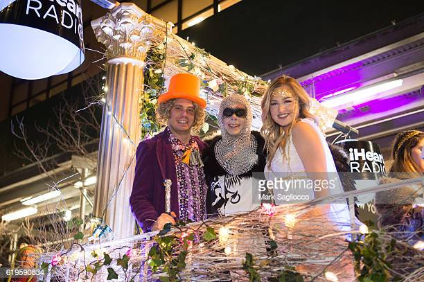 Alex Carr Z100 Radio Personality/Grand Marshal Elvis Duran and Bethany Watson attend the 43rd Annual Village Halloween Parade on October 31 2016 in...