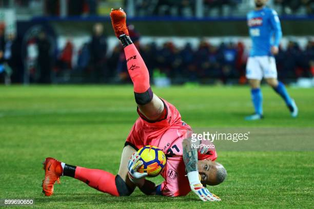 Alex Cordaz of Crotone during the Italian Serie A football match FC Crotone and SSC Napoli on December 29 2017 at the Ezio Scida Stadium in Crotone