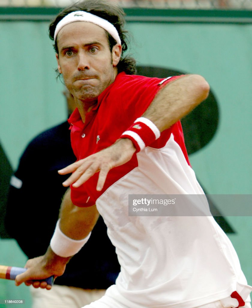 2004 French Open - Men's Second Round - Paradorn Srichaphan vs Alex Corretja