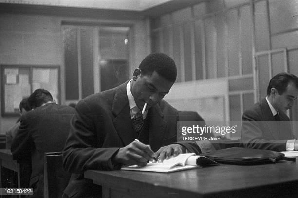 Alex Cressan Actor And Student Paris 15 janvier 1958 Portrait de Alex CRESSAN Martiniquais étudiant en médecine et acteur dans le film 'Tamango' de...