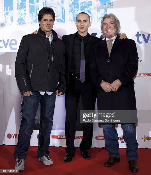 Alex Criville Jorge Lorenzo and Angel Nieto attend 'Jorge' premiere at Capitol Cinema on December 16 2010 in Madrid Spain