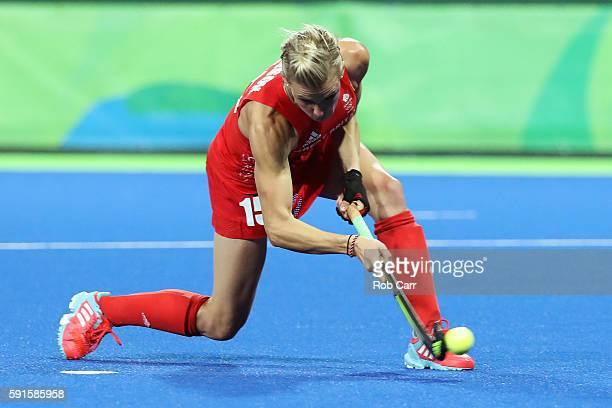Alex Danson of Great Britain scores a penalty goal during the Women's Semifinal match between New Zealand and Great Britain on Day 12 of the Rio 2016...