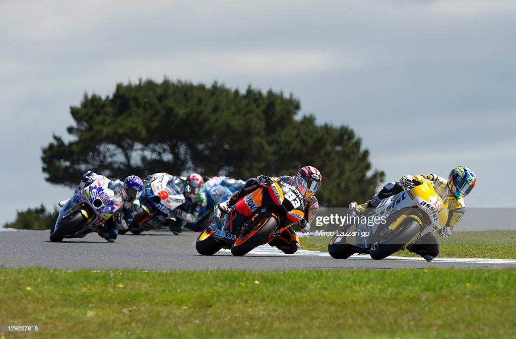 Alex De Angelis of Italy and JIR Moto2 leads the field during the qualifying practice for the Australian MotoGP, which is round 16 of the MotoGP World Championship, at Phillip Island Grand Prix Circuit on October 15, 2011 in Phillip Island, Australia.