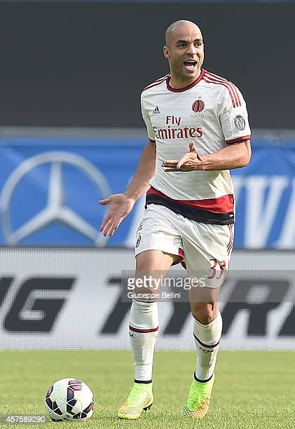 Alex Dias Da Costa of AC Milan in action during the Serie A match between Hellas Verona FC and AC Milan at Stadio Marc'Antonio Bentegodi on October...