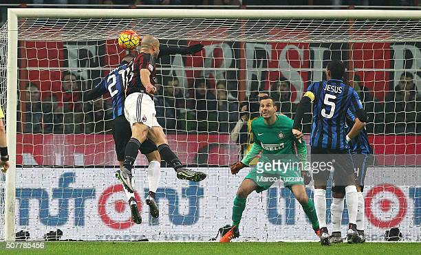 Alex Dias da Costa of AC Milan scores the opening goal during the Serie A match between AC Milan and FC Internazionale Milano at Stadio Giuseppe...