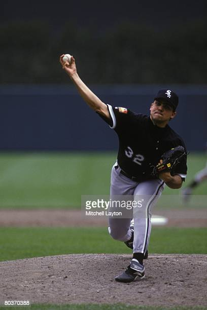 Alex Fernandez of the Chicago White Sox pitches during a baseball game against the Baltimore Orioles on June 1 1994 at Camden Yards in Baltimore...