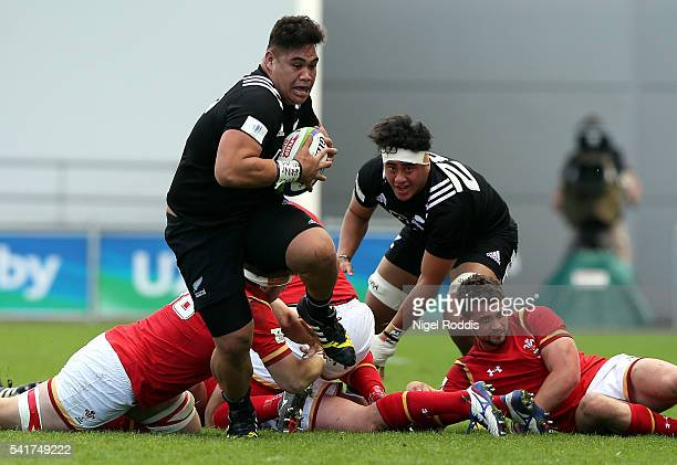 Alex Fidow of New Zealand runs with the ball during the World Rugby U20 Championship 5th Place Semi Final between New Zealand and Wales at The...