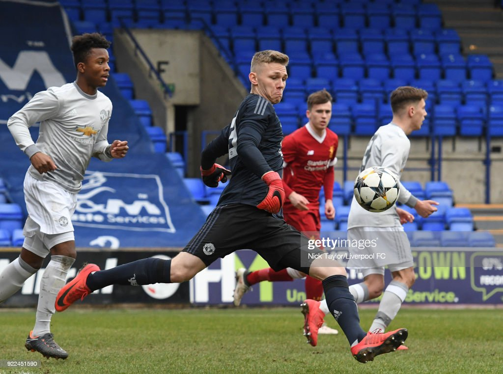 Liverpool v Manchester United: UEFA Youth League : Photo d'actualité