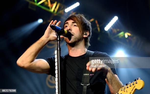 all time low perform at o2 academy brixton in london ストックフォト