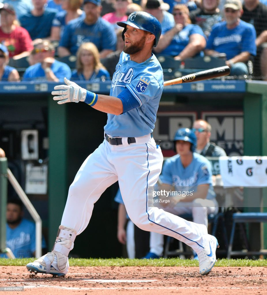 Alex Gordon #4 of the Kansas City Royals hits a RBI double in the second inning against the Minnesota Twins at Kauffman Stadium on September 10, 2017 in Kansas City, Missouri.