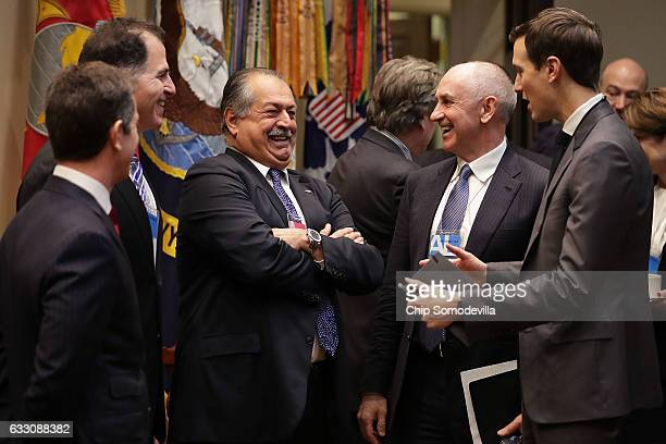 Alex Gorsky of Johnston Johnson and Michael Dell of Dell Technologies Andrew Liveris of Dow Chemical White House Director of Strategic Initiatives...