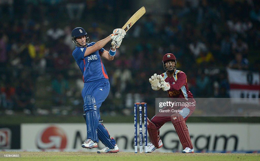 England v West Indies - ICC World Twenty20 2012: Super Eights Group 1 : News Photo