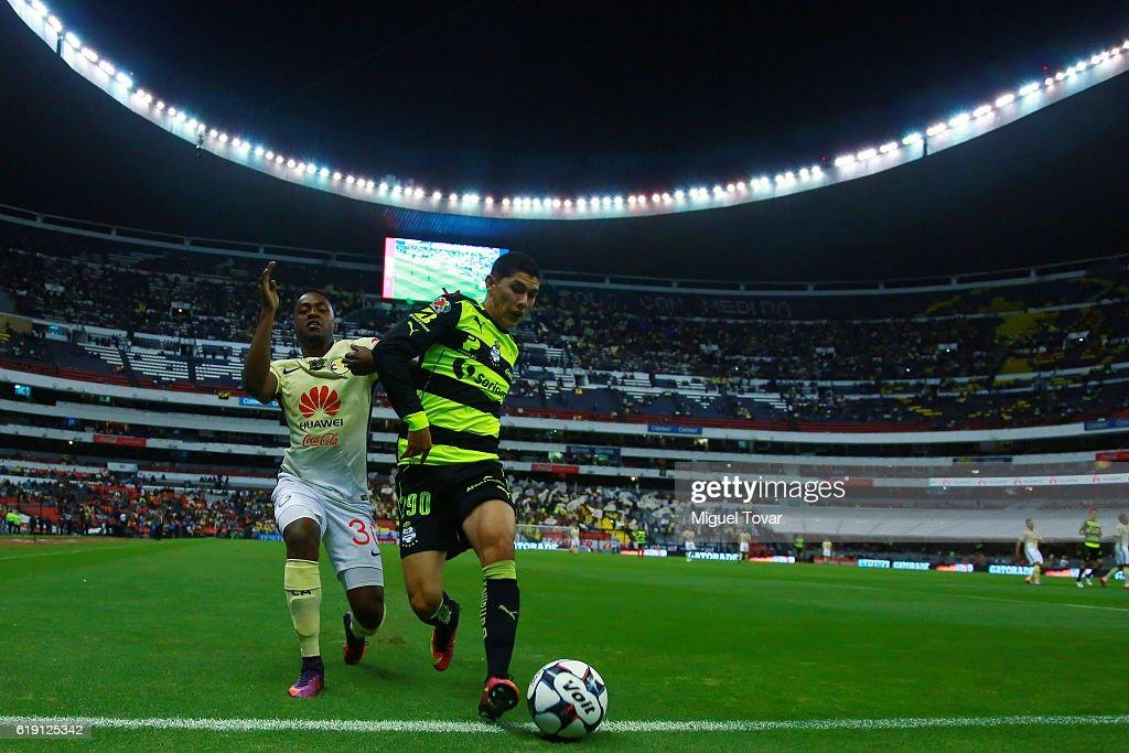 America v Santos Laguna - Torneo Apertura 2016 Liga MX : News Photo