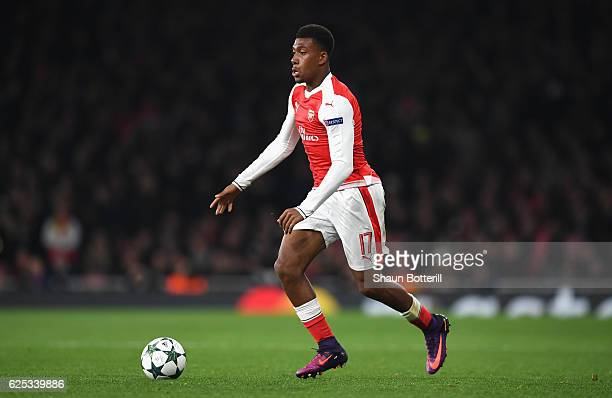 Alex Iwobi of Arsenal in action during the UEFA Champions League Group A match between Arsenal FC and Paris SaintGermain at the Emirates Stadium on...