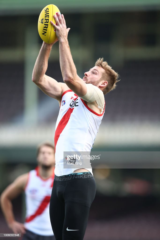 Alex Johnson takes a mark during a Sydney Swans AFL training session at Sydney Cricket Ground on August 2, 2018 in Sydney, Australia.