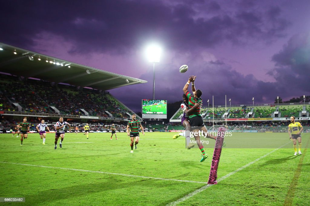 Alex Johnston of the Rabbitohs competes for the ball as Suliasi Vunivalu of the Storm defends during the round 11 NRL match between the South Sydney Rabbitohs and the Melbourne Storm at nib Stadium on May 21, 2017 in Perth, Australia.