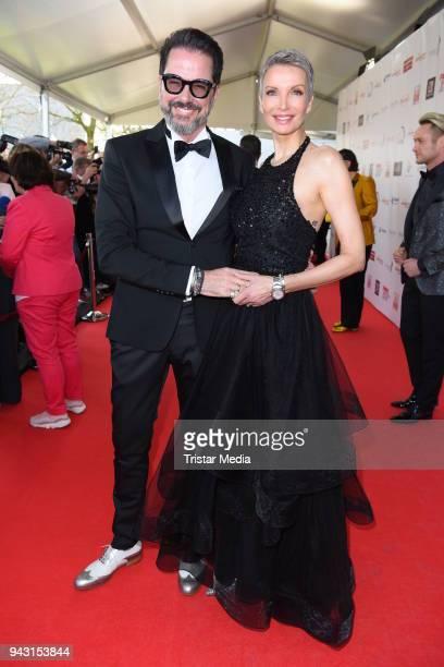 Alex Jolig and his wife Britt JoligHeinz attend the 'Goldene Sonne 2018' Award by SonnenklarTV on April 7 2018 in Kalkar Germany