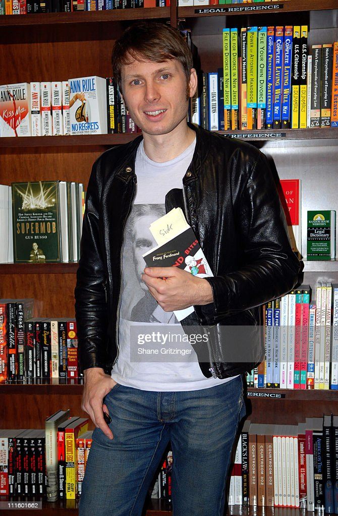 """Alex Kapranos of Franz Ferdinand Signs Copies of his Book """"Sound Bites Eating on Tour with Franz Ferdinand"""" at Barnes & Noble : News Photo"""
