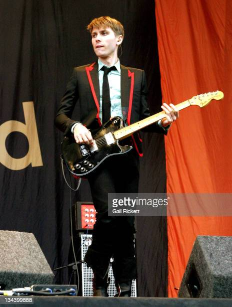 Alex Kapranos of Franz Ferdinand during Carling Weekend Leeds Festival 2004 Day 3 at The Mean Fiddler in Leeds England Great Britain