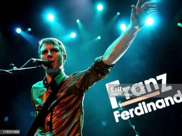 Alex Kapranos of Franz Ferdinand plays at TCT show Albert Hall 2005