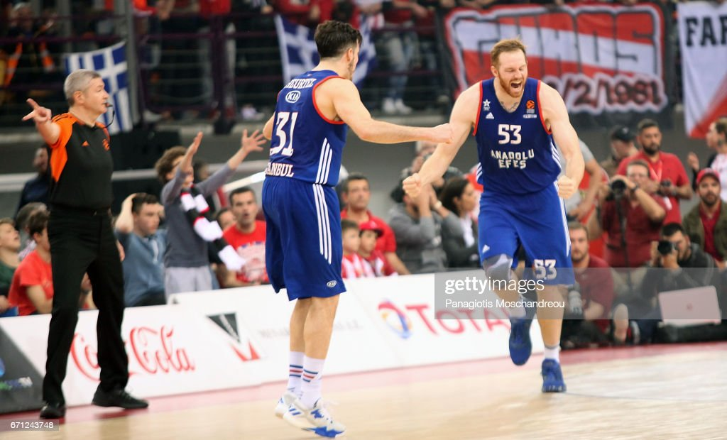 Alex Kirk, #53 of Anadolu Efes Istanbul react during the 2016/2017 Turkish Airlines EuroLeague Playoffs leg 2 game between Olympiacos Piraeus v Anadolu Efes Istanbul at Peace and Friendship Stadium on April 21, 2017 in Athens, Greece.