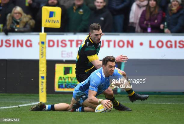 Alex Lewington of London Irish scoring his second try during the Aviva Premiership match between Northampton Saints and London Irish at Franklin's...
