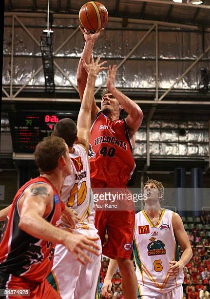 Alex Loughton of the Wildcats shoots during the NBL quarter final match between the Perth Wildcats and the Townsville Crocodiles held at Challenge...