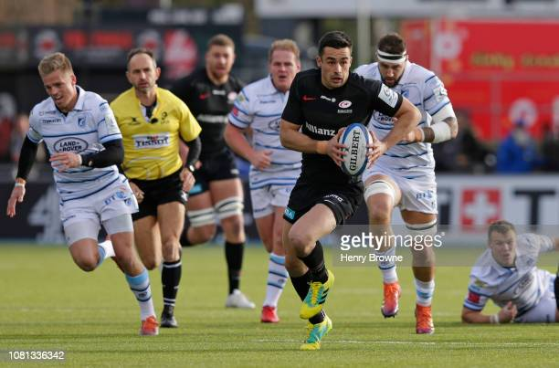 Alex Lozowski of Saracens makes a run during the Champions Cup match between Saracens and Cardiff Blues at Allianz Park on December 9, 2018 in...
