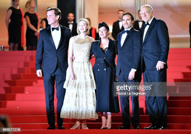 Alex Manette Ekaterina Samsonov director Lynne Ramsay Joaquin Phoenix and John Doman attend the 'You Were Never Really Here' screening during the...