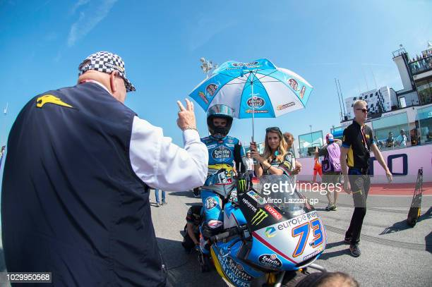 Alex Marquez of Spain and EG 00 Marc VDS greets Marc van der Straten of Belgium and Estrella Galicia 00 Marc VDS and prepares to start on the grid...