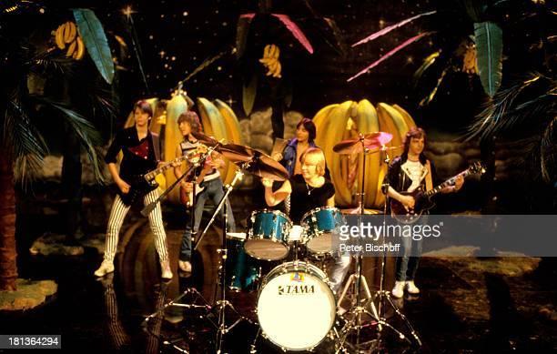 Alex Möbius Uwe Schneider Robert Robby Bauer Jörg Treptow Michael Uhlich Mitglied der MusikGruppe The Teens WDRSendung Bananas Deutschland Europa...