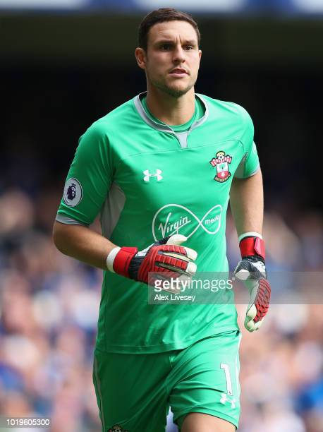 Alex McCarthy of Southampton during the Premier League match between Everton FC and Southampton FC at Goodison Park on August 18 2018 in Liverpool...