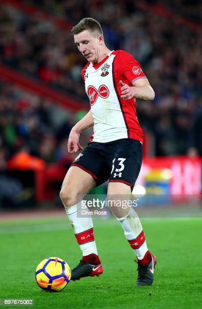 Alex McCarthy of Southampton in action during the Premier League match between Southampton and Huddersfield Town at St Mary's Stadium on December 23...