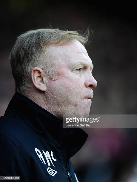 Alex McLeish of Nottingham Forest looks on during the FA Cup with Budweiser Third Round match Nottingham Forest and Oldham Athletic at City Ground on...